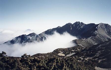 【台灣探險隊紀錄回顧】帶著底片單眼NIKON FM2趴趴走的歲月~台灣百岳高山縱走相片集第二部
